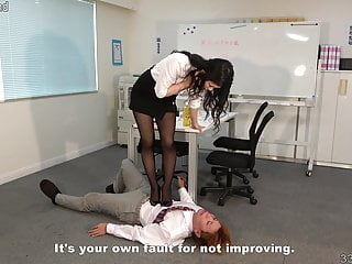 Japanese Femdom Hard Facesittng and Trampling