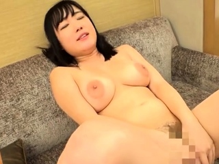 Big boobs girlfriend enjoys hardcore pussy fucking at home