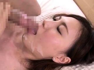 Japanese get facial cumshot