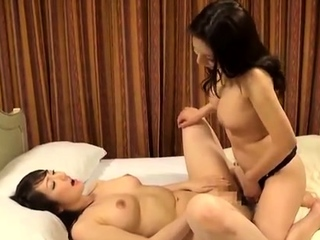 Asian amateur slut handles anal toys