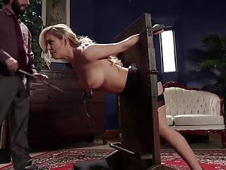 Foreign Exchange Student Disobeys the House Master's Orders