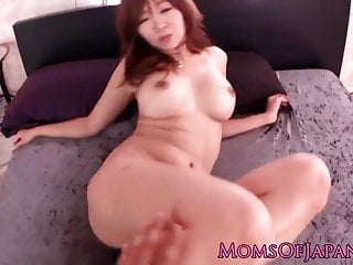 Busty longnailed japanese MILF facialized